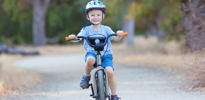 boy-bikes-to-school-612x300